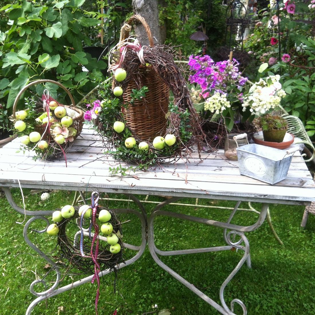 Dekorationen und zubeh r f r den garten pflanzen art for Gartentiere deko